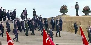 Korumalar Girişte Kontrol Yaptı: Erdoğan Lehine Slogan Atanlar Anıtkabir'e Listeyle Alındı İddiası
