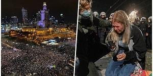 Polonya'da Kürtajın Yasaklanmasının Ardından 100 Binlerce Protestocu Varşova Sokaklarına İndi
