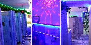 Led Işıklarla Aydınlatılan Adeta Gelecekten Gelmiş Gibi Gözüken Camii Tuvaleti