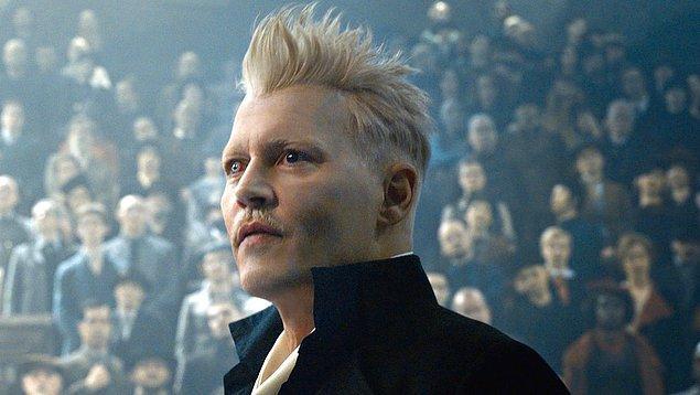 7. Johnny Depp, Fantastic Beasts 3'den kovulduğu için Warner Bros'tan 16 milyon dolar aldığını açıkladı.
