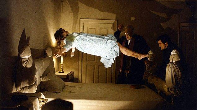 4. 1973 yılında çekilmiş olan The Exorcist'e devam filmi geliyor.