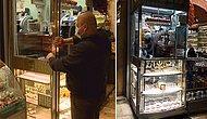 Mısır Çarşısı'nın 1 Metrekarelik En Küçük Dükkanı...  25 Yıldır Burada Çalışıyor