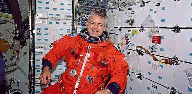 8. Kanada'nın şu anki Ulaştırma Bakanı, uzaya çıkan ilk Kanadalıdır.
