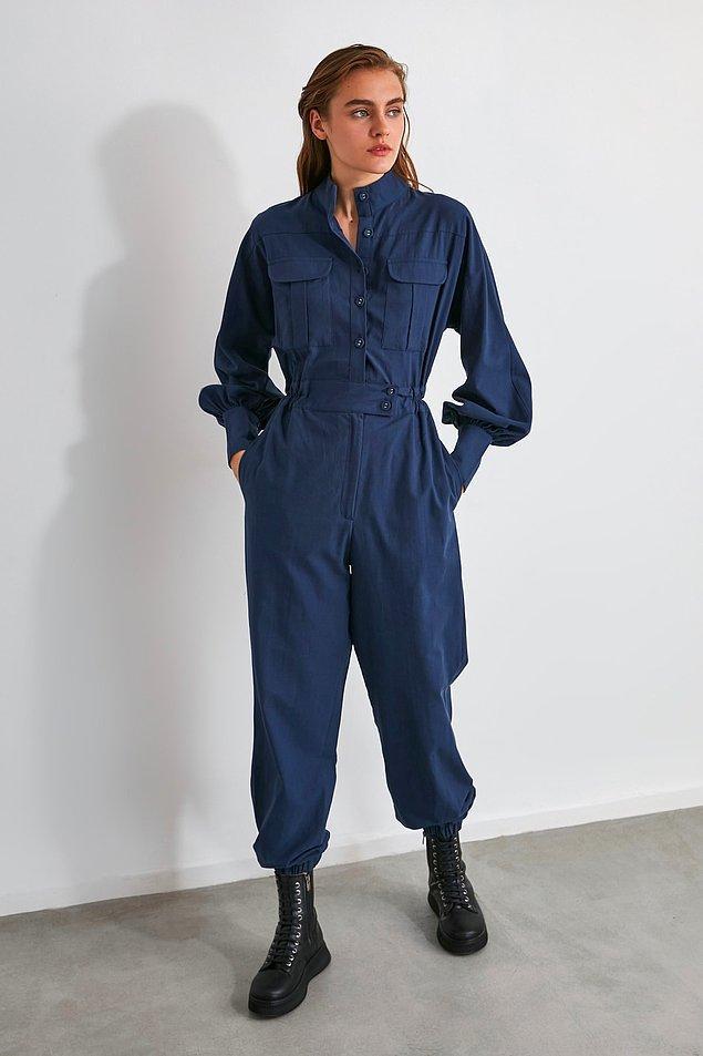 18. Bir kadına tulum yakışıyorsa çuval bile giyse yakışır.