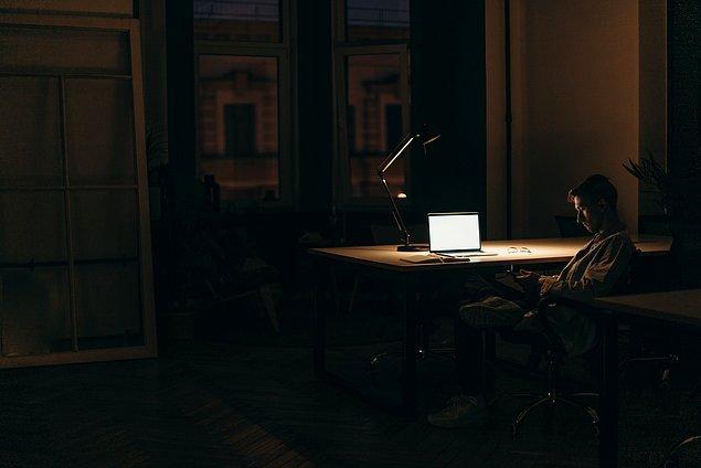 17. Gerektiğinde daha uzun saatler çalışmalısınız.