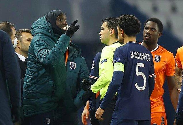 Başakşehir Teknik Direktörü Okan Buruk da tartışmanın yaşandığı noktaya giderken, takımın oyuncusu Demba Ba dördüncü hakeme Webo'ya yönelik ırkçı sözler sarf ettiği gerekçesiyle tepki gösterdi.