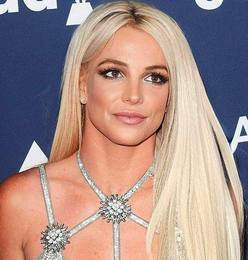 Britney Spears leszokott a dohányzásról