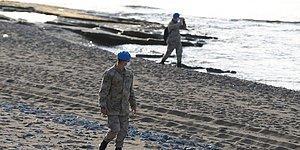 Gökçeada Açıklarında Tekne Alabora Oldu: Bir Kişi Öldü, İki Asker Kayıp