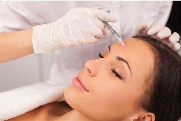 Botoks; yılda 6 milyondan fazla uygulama ile belki de piyasadaki en çok bilinen ve tercih edilen yüz estetiği tedavisidir.