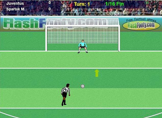 1. Bilgisayarın oyunları kaldırmayınca tarayıcı üzerinden oynanan Penalty Fever, her çocuğun futbol oyunu olmuştu.