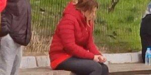 Babası Rasim Öztekin Kalp Krizi Geçiren Pelin Öztekin, Hastane Önünde Çaresizce Ağladı