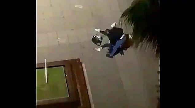 5. Samsun'da sokak ortasında kızlarının gözü önünde eşine öldüresiye şiddet uygulayan adam...