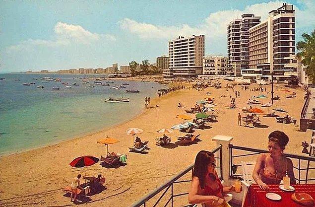 10. Marilyn Monroe gibi pek çok ismin tatil için geldiği Kapalı Maraş'a Mısır'dan özel kum getirtilmiş ve dünyanın ilk 7 yıldızlı oteli yaptırılmıştı.