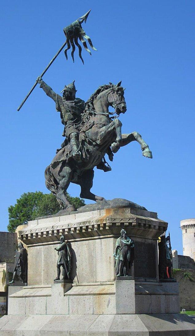 3. Fatih William olarak bilinen İngiltere kralı I. William cenazesi sırasında patladı.