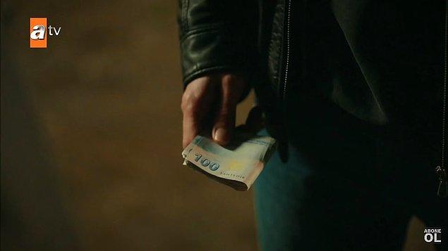 """3. Kardeşlerim dizisinde paranın üzerinde """"sahtedir"""" yazısı gözüküyor. Tamam biliyoruz sahte para kullanıldığını da bu kadar göze de sokmayın."""