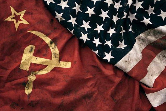"""Biz istediğimiz kadar """"Kore Savaşı"""" diyelim dostlar; ancak herkes farkında ki bu savaş Sovyetler, Çin ve Amerika arasında olur."""