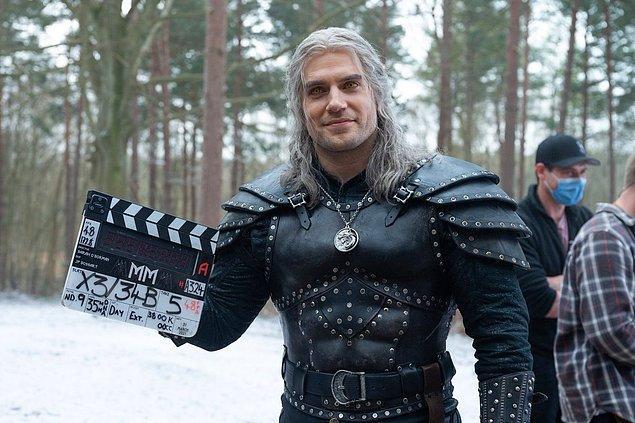 1. The Witcher'ın 2. sezon çekimleri tamamlandı.