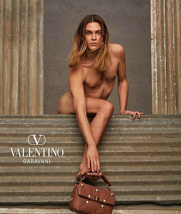 Geçtiğimiz günlerde ise dünyaca ünlü marka Valentino 'ifade özgürlüğü ve bireyselliğin sınırsızlığına duyduğumuz minnetle' diyerek yaptığı bu paylaşımla epey tepki topladı.