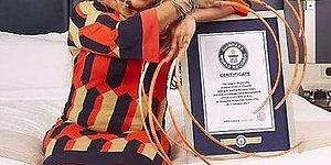 Dünyanın En Uzun Tırnaklı İnsanı Ayanna Williams 25 Yıl Sonra İlk Kez Tırnaklarını Kesti!