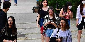 AKP'den 'Z Kuşağı' Hamlesi: İlk Defa Oy Kullanacak Seçmenlerin Aileleriyle Temas Edilecek