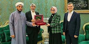 Tekkede Ziyaret Ettiler: Devletin Protokolü Iraklı Şeyhin Huzurunda...