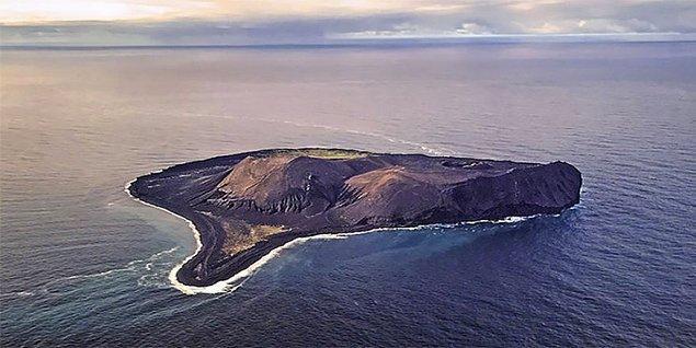 2. Surtsey, İzlanda
