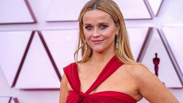 "10. Reese Witherspoon sunum yaparken ""Taxi Driver"" filmindeki Robert DeNiro'nun karakterini taklit etti."