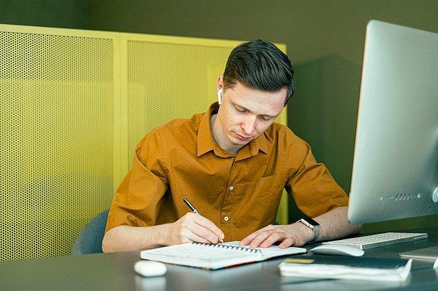 9. Yetenekli çalışanların öne çıkmasına yardımcı olur.