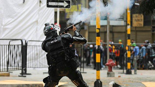 Barışçıl protestolar şiddete evrildi