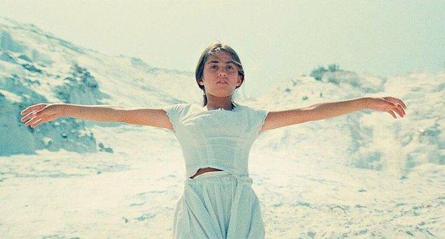 16. Kaos (1984)