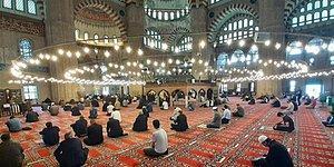 Ramazan Bayramı'nda Camiler Açık Olacak Mı? Hangi İl Bayram Namazını Saat Kaçta Kılacak?