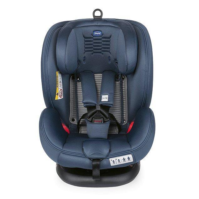 13. Isofixli ve 360° dönebilen sistemi sayesinde kullanım rahatlığı ve güvenliği üst seviyede olan bir oto koltuğu.