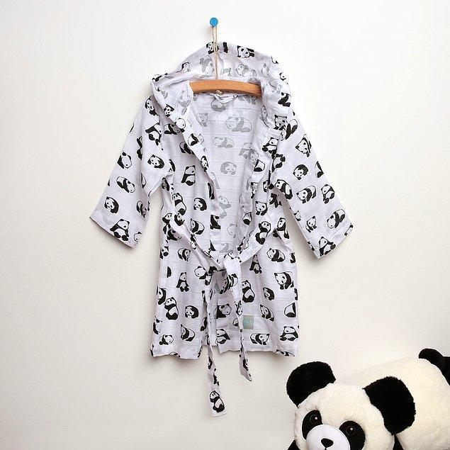 7. Şu panda desenli bornozun tatlılığına bakar mısınız?