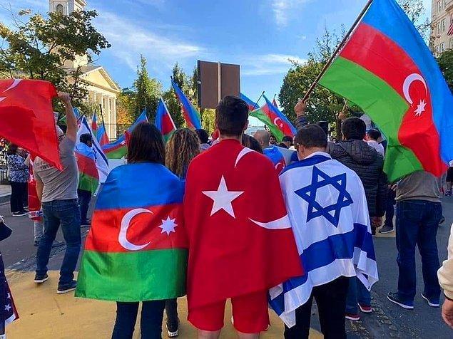Şu an milletvekili olan Əliməmməd Nuriyev'in deyimiyle Azerbaycan'da hiçbir zaman Yahudi karşıtlığı görülmez. Bu yüzdendir ki 12 bine yakın Yahudi yaşar Azerbaycan'da.