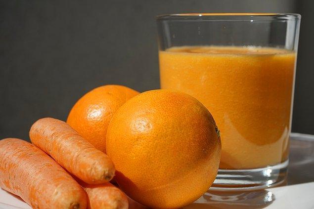 15. İnsanlar bir enzim eksikliğinden dolayı kendi C vitamini üretmeyen birkaç memeli türünden biridir.
