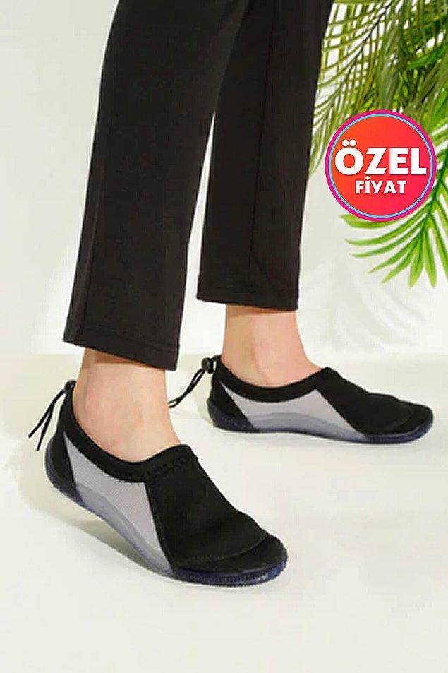 20. Plajda ayağınız rahat etsin diye bu ayakkabıyı alın.