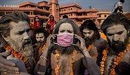 Her Gün 4000 İnsanın Öldüğü Hindistan'da Yüzlerce Kişilik 'İlahi At' Cenazesi