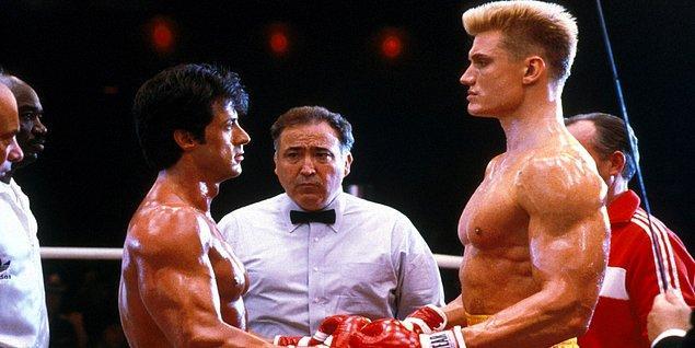 1. Sylvester Stallone Rocky 4'ün çekimlerinde, Dolph Lundgren'den kendisine gerçekten vurmasını istemiş. Dolph'da vurmuş. Sonuç; Sylvester 9 gün boyunca yoğun bakım servisinde yatmış...