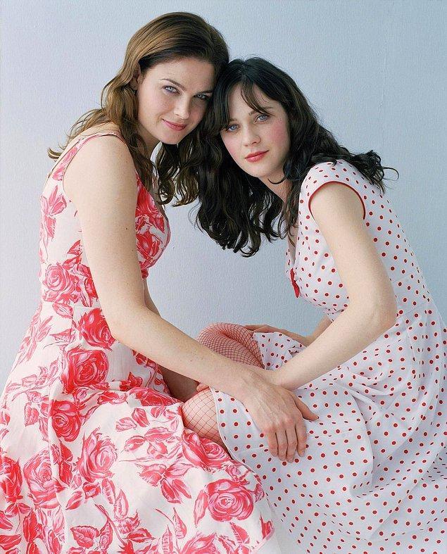 2-Zoey Deschanel ve Emily Deschanel