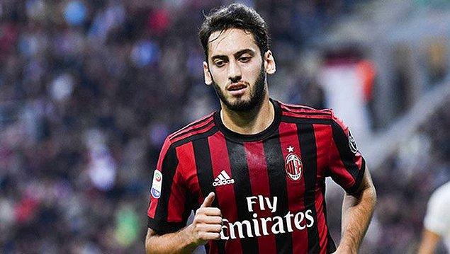 2. Hakan Çalhanoğlu - AC Milan