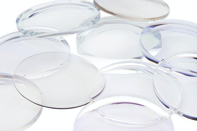 12. Kontakt lensler Çek bir kimyager tarafından icat edilmiştir.