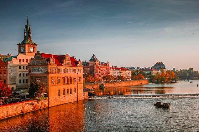 19. Çekya çok iyi bir ekonomi ve yüksek yaşam standartlarına sahiptir.