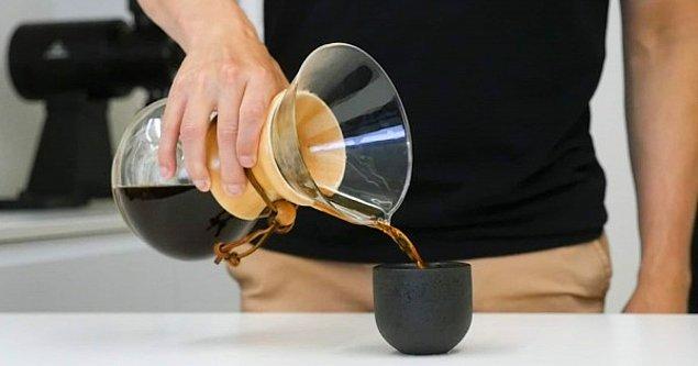 7. Kahveyi laboratuvarda yapıyormuş gibi...