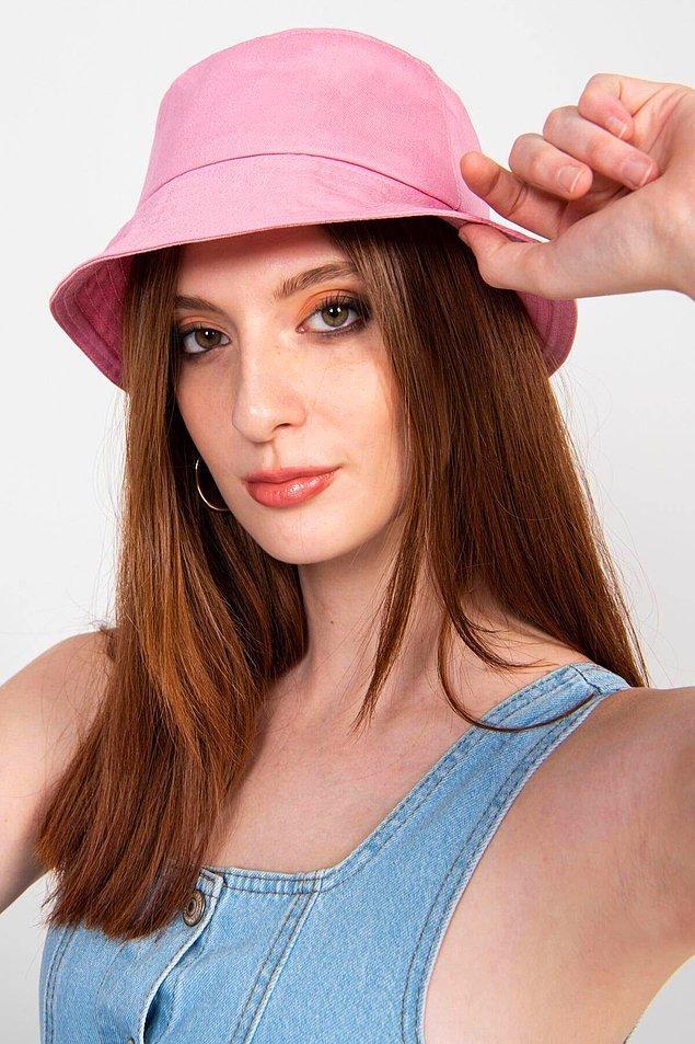 17. Bandana kullanmayı sevmiyorsan bu bucket şapkalara bakabilirsin.
