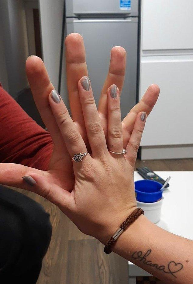 """18. """"Ellerim çok mu büyük sanki?"""""""