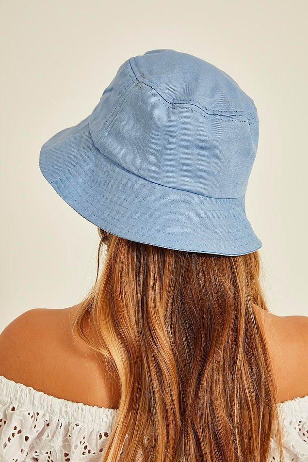 6. Saçlarınızı yıkamadığınız ve şekil almakta zorlandığı bir günde imdadınıza yetişecek bir şapka.