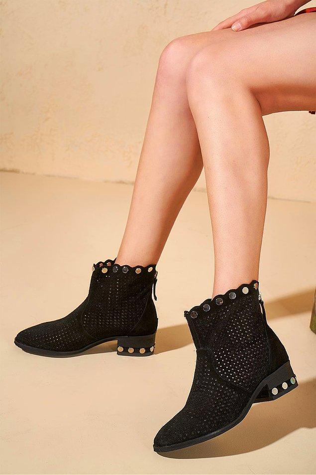 11. Bu yazın modası yazlık botlar.