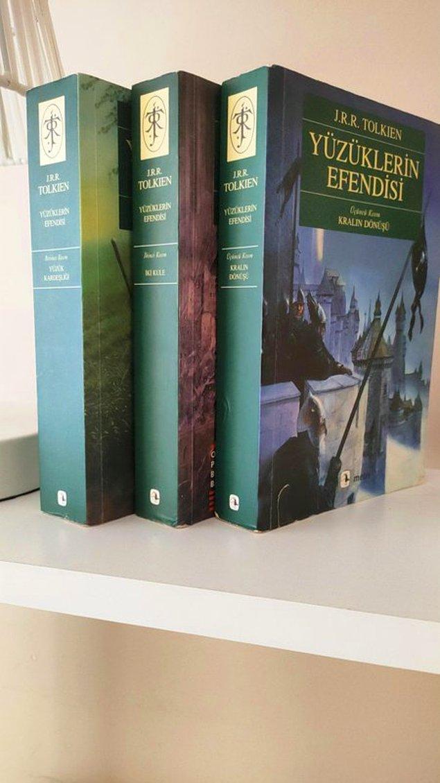 3. Yüzüklerin Efendisi - J. R. R. Tolkien