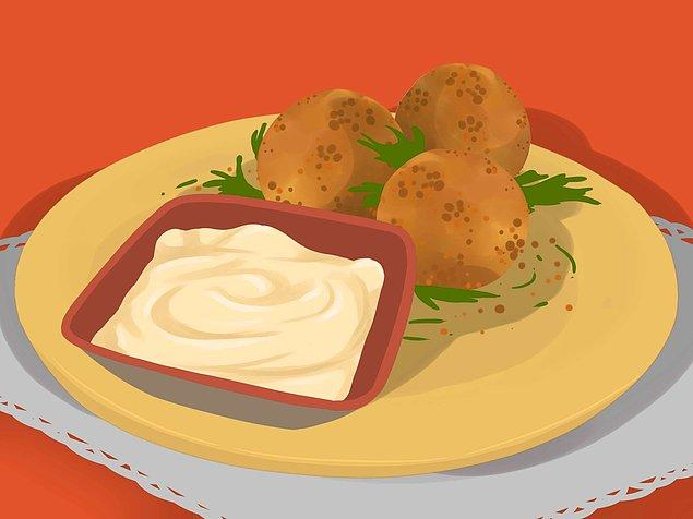 Öncelikle yemeklerinizin porsiyonları küçülterek işe başlayın.