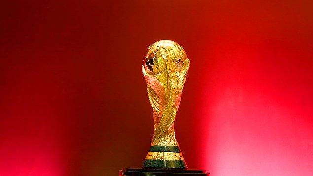 """''Asıl hedef olan Dünya Kupası'na katılmamız önemli. Oyuncularımızın özverili olması gerekiyor."""""""